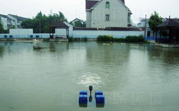 强力造流曝气机在人工湖中的应用