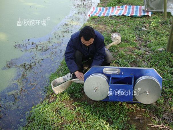 开始安装浮萍打捞机